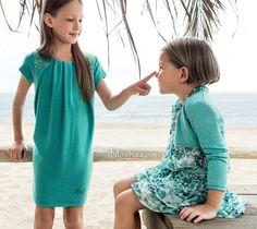 ALALOSHA: VOGUE ENFANTS: The line up at the LIU JO Junior girlswear SS15