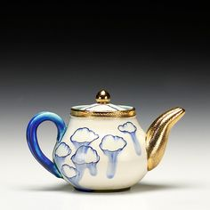 Schaller Gallery | Julia Galloway | Cloud Teapot Pottery Teapots, Ceramic Teapots, Tea Caddy, Chocolate Pots, Ceramic Artists, Tea Set, Montana, Fun Crafts, Cups