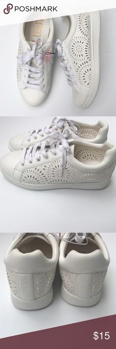 Sam & Libby Laser Cutout White Sneakers Sam & Libby Laser Cutout White Sneakers. Size 8. New with tags. Cute and comfy! Sam & Libby Shoes Sneakers