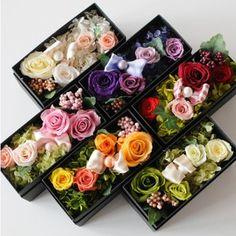 Diy Flower Boxes, Flower Box Gift, Flower Frame, Diy Flowers, Rose Stabilisée, Handmade Soap Packaging, Flower Room Decor, Dried Flower Arrangements, Diy Gift Box
