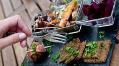 Der jüngste Diät-Trend heißt Paläo – essen wie die Steinzeitmenschen. Aber ist das sinnvoll und wirklich gesund?