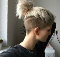 Really nice for growing out a lovely undercut