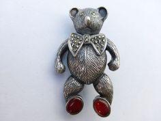 Sterling Marcasite carnelian Teddy Bear brooch W13
