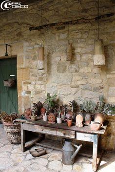 potting 'station'