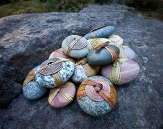 wrapped pebbles, pretty.
