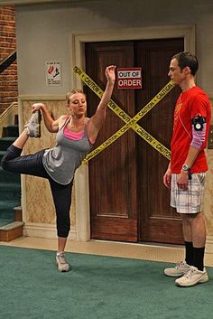 Kaley Cuoco & Jim Parsons in The Big Bang Theory Big Bang Theory Penny, The Big Theory, Penny And Sheldon, Chuck Lorre, Barenaked Ladies, Amy Farrah Fowler, Johnny Galecki, Great Comedies, Jim Parsons