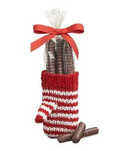 Mitten With Chocolate Pretzel Rods