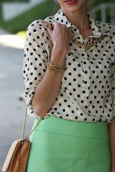 Work Fashion, Modest Fashion, Fashion Guide, Pretty Outfits, Cute Outfits, Polka Dot Blouse, Polka Dots, Mint Skirt, Estilo Preppy