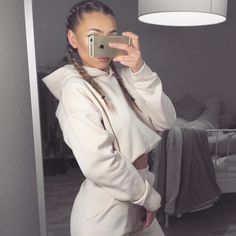 ⋆❈ - Pinterest: dopethemesz ; classy nude aesthetic ; how does she look so comfy and cute tho? - ❈⋆
