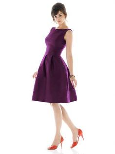 Love this color and style... Looks like something Audrey Hepburn would wear...