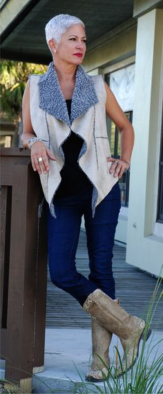 Today's look of the day has Fall Fabulous written all over it! This suede and faux fur vest by Dylan is super soft and works perfectly with this pair of Agave jeans, but the look isn't complete without this AMAZING pair of Old Gringo boots available at Sidney Cardel's! #wicketspv #OOTD