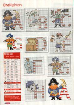 Counted cross stitch pattern children Pirate and paper boat  Grille point de croix compt\u00e9 enfants Pirate et bateau papier