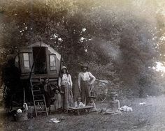 Inspire Bohemia: Bohemian Bungalows and Gypsy Caravans!