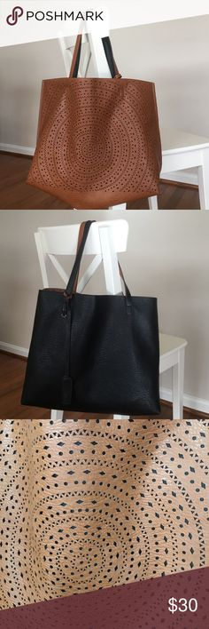 Street level reversible bag from stitch fix Brown, reverses to black. Great bag! Very good used condition. Faux leather. Very durable bag. street level Bags Totes