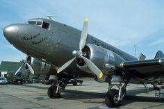 Douglas DC-3 G-AMPZ