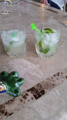 Gleans and Fred drinking Riversands Cucumber Mojito drink 3/12/15