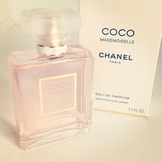 Online Perfume Shop - Cheap perfume, fragrance & aftershave brands including Chanel, Paco Rabanne and Hugo Boss. Parfum Chanel, Sent Bon, Coco Mademoiselle, Essential Oil Perfume, Just Girly Things, Girly Stuff, Parfum Spray, Body Spray, Smell Good