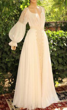 needlework Wedding Dress Sleeves, Boho Wedding Dress, Lace Dress, Casual Dresses, Fashion Dresses, Prom Dresses, Asian Wedding Dress Pakistani, Romanian Wedding, Mode Abaya