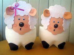 Moldes Lembrancinhas de garrafa PET e EVA ovelha