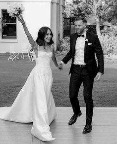 Wedding Goals, Wedding Pics, Wedding Styles, Wedding Day, One Day Bridal, Photographie Portrait Inspiration, Photo Couple, Dream Wedding Dresses, Perfect Wedding
