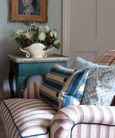 We LOVE William Yeoward fabrics and furniture - perfect for your Cornwall cottage!