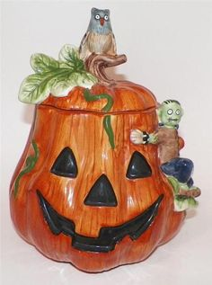 Debbie Mumm Halloween Cookie Jar by Sakura
