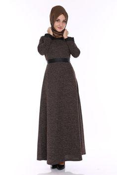 C.M.N - ModaSelvim The Dress, High Neck Dress, Hijabs, Shopping, Fashion, Moda, Fashion Styles, Vestidos, Hijab Styles