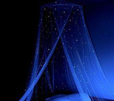 Stella Murals Glow in the Dark Star Canopy – Sleep among the stars