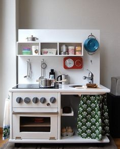 5 really cool DIY play kitchen sets made from recycled furniture! A great idea for a unique, inexpensive holiday gift! by lea Recycled Furniture, Retro Furniture, Cheap Furniture, Kids Furniture, Furniture Online, Furniture Companies, Luxury Furniture, Bedroom Furniture, Furniture Design