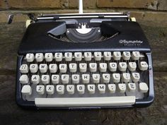Olympia Splendid 66 Portable Typewriter 1962