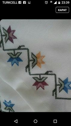 This Pin was discovered by mün Cross Stitch Borders, Cross Stitch Designs, Cross Stitching, Cross Stitch Embroidery, Cross Stitch Patterns, Knitting Patterns, Flower Embroidery Designs, Bargello, Linen Napkins