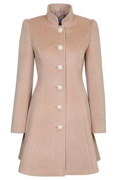 Пальто приталенное расклешенное со стойкой, бежевый ворс. Арт.300