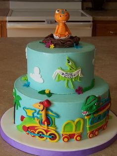 Dinosaur Train Birthday Cake -- super cute and really well done! Trains Birthday Party, Dinosaur Birthday Party, Birthday Ideas, Cake Birthday, Boy Birthday, Dinosaur Train Cakes, Dino Train, Dinosaur Cakes For Boys, Dinosaur Dinosaur