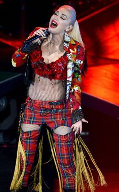 Gwen Stefani from The Big Picture: Today's Hot Pics