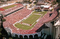 Darrell K. Royal–Texas Memorial Stadium: home of the Texas Longhorns football team and of the few stadiums to accomodate over 100,00 fans. http://www.billiardfactory.com