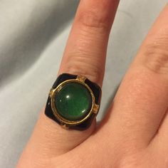 Amazing Vintage Art Deco Ring! ❤️ Gorgeous Art Deco style ring. No stamp, unknown metal. I do not know the ring size but it is on the small side. I where probably around a 10 and this ring fits my pinky!❤️ Vintage Jewelry Rings