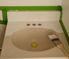 how-to-paint-a-sink homax tough as tile epoxy, nylon paintbrush, clr cleaner and steel wool 000