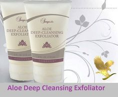 This gentle formula with aloe and natural jojoba beads cleanses and moisturises as it exfoliates. Helps to remove dead skin cells to leave your face feeling fresher, softer and smoother.