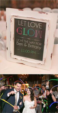 Glow stick wedding send off Wedding Send Off, Wedding Exits, Wedding 2017, Wedding Signs, Wedding Bells, Fall Wedding, Wedding Favors, Our Wedding, Dream Wedding