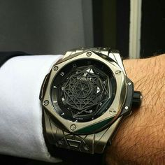 ḹ ḹ ק ק ƧƨῗɓŁƧƨῗɓ # androidwatch, digitalwatch, gpswatch, sportwatch, quartzw … – Montres chic pour homme - Armbanduhr Hublot Watches, Men's Watches, Cool Watches, Fashion Watches, Watches For Men, Diamond Watches, Unique Watches, Amazing Watches, Beautiful Watches