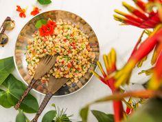Salada de grão de bico com atum. | 13 jantinhas delícia que vão vencer até a sua preguiça
