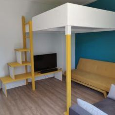 Hoogslaper maken | maak zelf je hoogslaper of stapelbed Bunk Beds, Loft, Doors, Projects, Furniture, Design, Home Decor, Diy, Log Projects