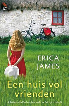 """Boek """"Een huis vol vrienden"""" van Erica James   ISBN: 9789032513917, verschenen: 2013, aantal paginas: 416 #EricaJames #EenHuisVolVrienden #roman - Als Mia in het dorp Owen tegenkomt, worden ze beiden verrast door de aantrekkingskracht die ze voelen.  Het wordt al snel duidelijk dat 'rustig aan' niet gaat lukken..."""