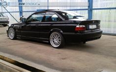 Black BMW e36 coupé on fantastic OEM BMW Styling 42 (BBS RS744/RS745) wheels