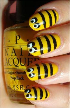 10 Tutoriales para pintar tus uñas decorandolas con animales, seguro que te enamorarán.