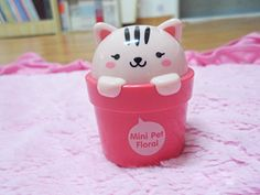 Beauty Story: The face shop Lovely Meex Mini Pet Perfume Hand Cream Review