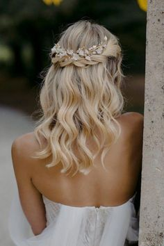 LYRIC Floral hair piece in pale gold wedding headpiece for Elegant Wedding Hair, Simple Wedding Hairstyles, Wedding Hair And Makeup, Medium Length Wedding Hairstyles, Bridesmaid Hair Medium Length, Boho Wedding Hair Half Up, Hairstyle Wedding, Romantic Hairstyles, Bohemian Wedding Hairstyles