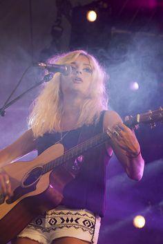 Nina Nesbitt (Pinkpop 2014)