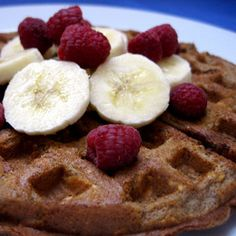 Healthy Breakfast: Cinnamon Oatmeal Waffles MADE IT: Good! All whole wheat, but you can't taste it! Needs something on it, but that's typical waffles Waffle Toppings, Waffle Recipes, Brunch Recipes, Oatmeal Waffles, Cinnamon Oatmeal, Cinnamon Waffles, Healthy Brunch, Healthy Breakfast Recipes, Healthy Breakfasts