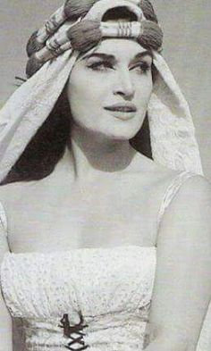 Dalida in Egypt. Dalida was an Egyptian Italian born and raised in Cairo. Egyptian Beauty, Egyptian Women, Egyptian Movies, Arab Celebrities, Old Egypt, Cairo Egypt, Dalida, Egyptian Actress, Famous Singers